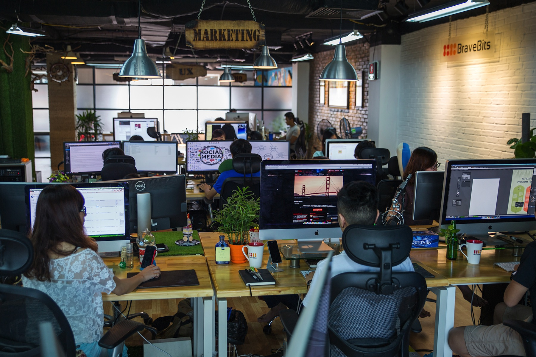 Thiết kế văn phòng của dân truyền thông và công nghệ việt nam
